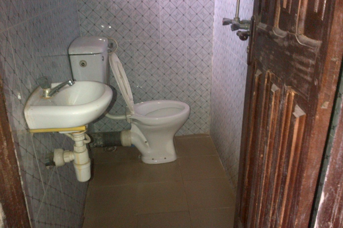 9. visitor s toilet